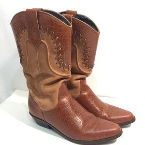 Dingo women's boots/Cowboy boots SZ 8.5 EUC